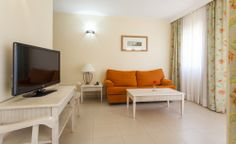 Te garantizamos el mejor descanso junto a tus niños en nuestros apartamentos de Cádiz. http://www.iluniontartessus.com/apartamentos.htm #ILUNION #aparthotel #SanctiPetri
