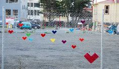 Making Colorful Hearts Decorations on Wire Fence, Simple Craft Ideas for Kids and Adults