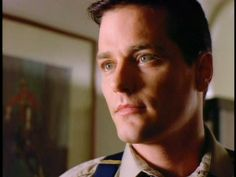 James [last name still undecided] (hero): Paul Gross. Specifically Paul Gross as Benton Fraser in due South. That same unwanted (by him anyway!) beauty, thousand-yard-stare, watchful stillness, and unexpected crooked grin. Only James is very, very blond.
