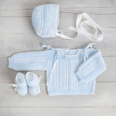 Items similar to Set of first position, hand-woven on Etsy Baby Kimono, Baby Dress, Baby Knitting, Crochet Baby, Knitted Baby Cardigan, Handmade Baby Clothes, Baby Suit, Crochet Clothes, Hand Weaving