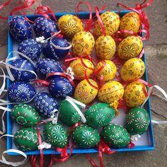 Easter eggs (handmade wax technique)