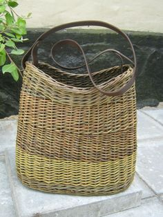 Shoulder bag, willow