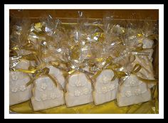 anniversary party favors for your golden celebration! 50th Wedding Anniversary Cakes, 50 Wedding Anniversary Gifts, Anniversary Decorations, Golden Anniversary, Anniversary Ideas, Happy Anniversary, Wedding Decorations, Table Decorations, 50th Party