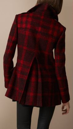 Burberry - Tweed buckle front jacket