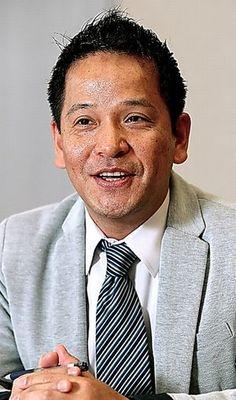南野森 九州大学教授 専門は憲法学。94年東京大学法学部卒業。九州大学准教授を経て、2014年から現職。編著に「憲法学の世界」、AKB48の内山奈月さん(当時)との共著「憲法主義」など。