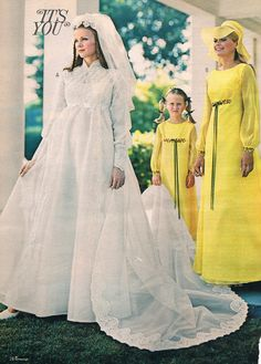 s catalog wedding dresses 1970s Wedding Dress, Western Wedding Dresses, Designer Wedding Dresses, Wedding Attire, Vintage Wedding Photos, Vintage Bridal, Vintage Weddings, Wedding Pics, Vintage Outfits
