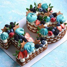 Очередная циферка 2️⃣9️⃣ Каждый торт неповторимый и только для Вас❤️ ————————————————-#тортмосква #торт #тортик #тортыназаказ… Biscuit Cake, Mini Cupcakes, Biscuits, Birthday, Desserts, Food, Crack Crackers, Tailgate Desserts, Cookies