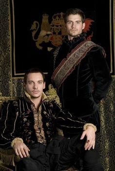 The Tudors-Henry VIII (Jonathan Rhys Meyers) and Charles Brandon (Henry Cavill)