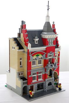Patrick Bosman's interpretation of the building at Schiekade 77 in Rotterdam