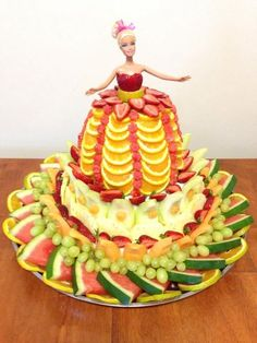 Fruit Barbie. Healthy party idea. Cake replacement. Girls party: