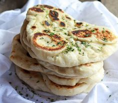 Homemade Naan (with step-by-step photos) - Half Baked Harvest. Oh my, I could eat Naan every single day! Think Food, I Love Food, Good Food, Yummy Food, Indian Food Recipes, Vegetarian Recipes, Cooking Recipes, Cooking Bread, Vegan Vegetarian