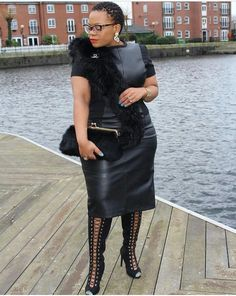 Women's leather is making a big impression in From leather dresses to small leather inserts, there are a variety … Thick Girl Fashion, Plus Size Fashion For Women, Black Women Fashion, Womens Fashion, Diva Fashion, Curvy Fashion, Fashion Edgy, Cheap Fashion, Chic Outfits