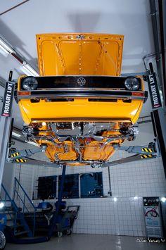 ◆ Visit ~ MACHINE Shop Café ◆ (VW MK1 Clean Under Chassis)