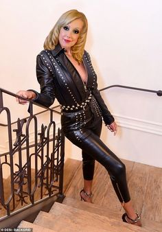 Leather Catsuit, Leather Pants, Blond, Leather Bodysuit, Satin Bluse, Fashion Beauty, Womens Fashion, Sexy Older Women, Leather Dresses
