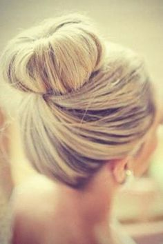 Top A twist and the perfect sock bun!