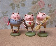 """so cute!  Three little piggies are made from gourds and paper clay layered over a wire armature; wooden base.  They all measure about 2.5"""" wide by 3.5"""" tall."""
