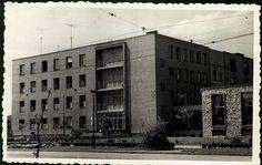 Állami Petőfi Sándor középiskolai fiúkollégium, Miskolc | Képeslapok | Hungaricana Multi Story Building