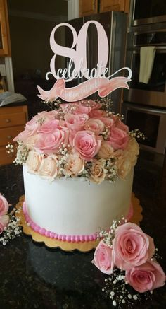 Trendy Flowers Birthday Cake For Mom Mothers - Birthday Cake Flower Ideen 80th Birthday Cake For Grandma, 70th Birthday Party Ideas For Mom, 80th Birthday Party Decorations, 90th Birthday Cakes, Happy 80th Birthday, 90th Birthday Parties, Birthday Cake Toppers, 80 Birthday, Birthday Cupcakes