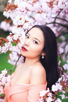 Miss Sakura: Spring Fashion photoshoot in Regent's park, London Spring Photography, Glamour Photography, Photography Photos, Fashion Photography, Modeling Photography, Lifestyle Photography, Editorial Photography, Cherry Blossom Wedding, Pink Blossom