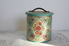Vintage Dutch Tin collectable tin container by MossAndBerry, $20.00