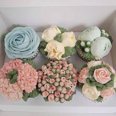 3D flora cupcake