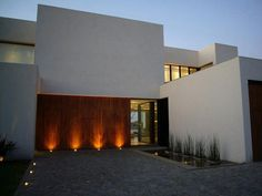 Architecture, Cool Casa BR Architecture Design In Buenos Aires Argentina Designed By KLM Arquitectos Featuring Exterior Idea With Garden Lighting And Pool: Amazing Minimalist home with Courtyard in Buenos Aires Argentina Exterior Design, Interior And Exterior, Interior Cladding, Courtyard House, Exterior Lighting, Minimalist Home, Planer, My House, Architecture Design