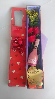 ¡¡¡REGALO DE INFARTO!!!🎁🎉💖 DESAYUNOS Y REGALOS SORPRESAS. Visita nuestra página web 👇👇👇👇👇 www.desayunosysorpresasvip.com #anchetas #regalos #amor #desayunos #sorpresa #peluche #flores #desayunosorpresas #tequieromucho #teamo #chocolate #juntos #love #gifts #surprise #together #togetherforever #feelingood #feeling #flowers #bogota #payu #pagosonline #champagne #ferrerorocher Diy Birthday, Birthday Gifts, Gift Baskets For Women, Birthday Gift Baskets, Valentine Box, Chocolate Covered Strawberries, Pink, Box, Ideas