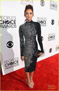 Nina Dobrev - People's Choice Awards 2014 (08-Jan/Ene-2014)