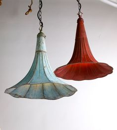 Repurpose an old gramophone trumpet by converting into lighting. Looks even more like a morning glory.