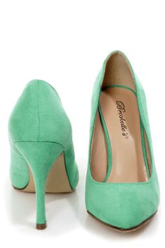 Holly 41 Mint Pointed Pumps - $25.00