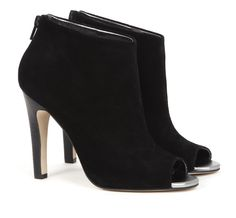 Angela ankle bootie: Sole Society