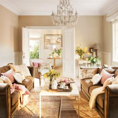 10 Interesting Cool Tips: Shabby Chic Apartment House shabby chic living room warm. Tissu Style Shabby Chic, Canapé Shabby Chic, Tables Shabby Chic, Shabby Chic Stoff, Shabby Chic Living Room, Shabby Chic Interiors, Shabby Chic Kitchen, Shabby Chic Homes, Shabby Chic Furniture