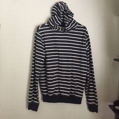Striped hoodie Mens size small. Or women's large,XL brand new. Never worn. Has been sitting in closet American Eagle Outfitters Tops