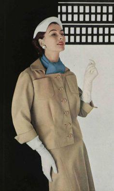 1953 Jean Patou