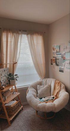 Room Design Bedroom, Room Ideas Bedroom, Bedroom Decor, Cosy Bedroom, Bedroom Inspo, Aesthetic Room Decor, Cozy Room, Home And Deco, Dream Rooms
