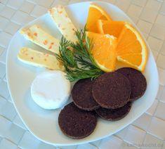 Fruchtige Käsehäppchen mit Pumpernickel - Katha-kocht!