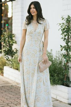 Shop the Caroline Floral Maxi Dress - boutique clothing featuring fresh, feminine and affordable styles. Cute Dresses, Beautiful Dresses, Casual Dresses, Dresses For Work, Formal Dresses, Boutique Maxi Dresses, Boutique Clothing, Floral Maxi Dress, Lace Dress