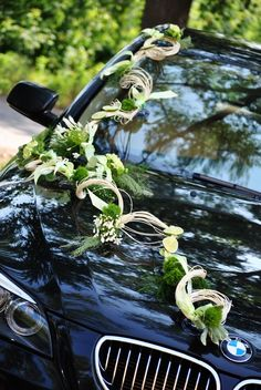 ↗️ 85 Pretty Wedding Car Decorations Diy Ideas 6373 Tropical Wedding Centerpieces, Wedding Car Decorations, Garden Decorations, Wedding Getaway Car, Wedding Cars, Iranian Wedding, Modern Floral Arrangements, Bridal Car, Princess Carriage