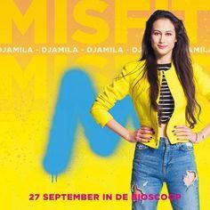 De M staat voor Misfit de film! Meer weten? Check de Fan Friday video voor de officiële onthulling! #wijzijnM Film Movie, Movies, Halloween Make, Misfits, Supergirl, Book Series, Mood Boards, Youtubers, Bff