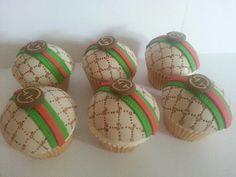 Gucci cupcakes - by MrsMurraycakes @ CakesDecor.com - cake decorating website