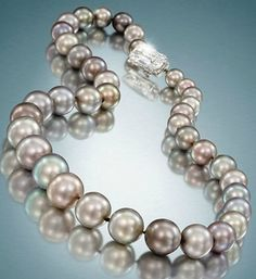 The Cowdray Pearls / Natural Grey Pearl Necklace / Christie's of London