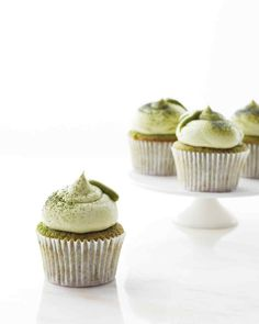 Martha did matcha week on Martha Bakes! [Green Tea Cupcakes | Martha Stewart]