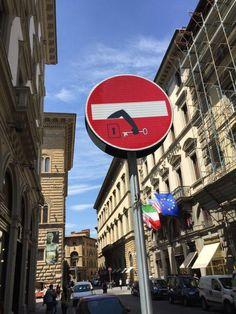 Des panneaux de signalisation détournés