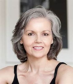 15 Most Hottest Grey Hair Color Trends for Coolest Women - Cool Global Hair Styles 2019 Grey Hair Old, Silver Grey Hair, Short Grey Hair, White Hair, Medium Hair Cuts, Medium Hair Styles, Curly Hair Styles, Hair Styles For Women Over 50, Short Hair Cuts For Women