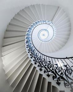 らせん階段 (27)