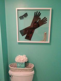 breakfast at tiffany's bedroom ideas | Breakfast at tiffany's shadow box. Tiffanys bag that i added flowers ...