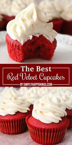# red velvet cake The Best Red Velvet Cupcakes Christmas Desserts, Christmas Baking, Fun Desserts, Delicious Desserts, Dessert Recipes, Christmas Parties, Italian Desserts, Health Desserts, Cupcakes For Christmas