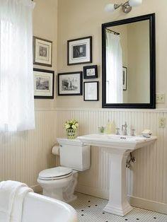 Love the pedestal sink.