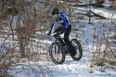 Riding on snow with Fat Bikes! #fatbike #bicycle