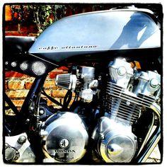 caffè ottantuno  #bike #motorbike #caferacer #caffèottantuno #honda #custom #cafè #hondacb750f #moto